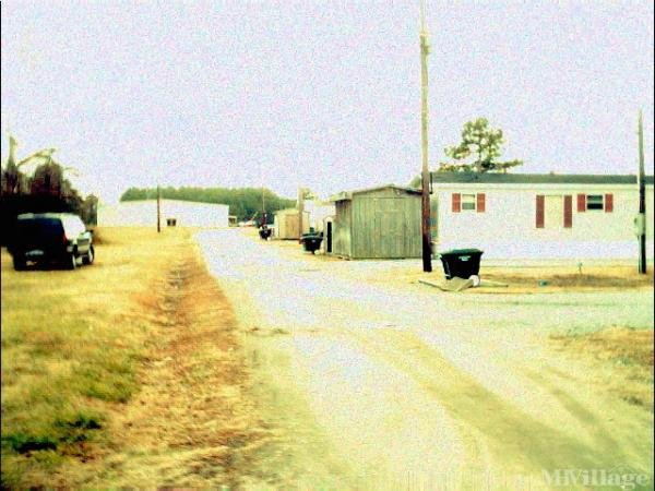 Photo of Bailey's Mobile Home Park, Sharpsburg, NC