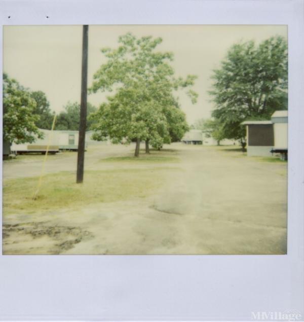 Photo of Hilltop Mobile Home Park, Henderson, TX