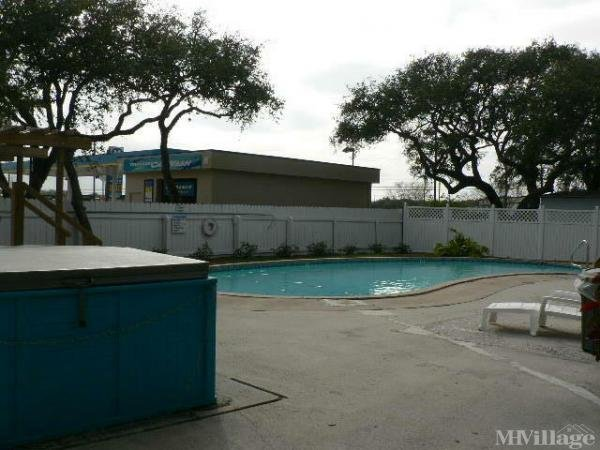 Photo of Ancient Oaks Mobile Home Park, Rockport, TX