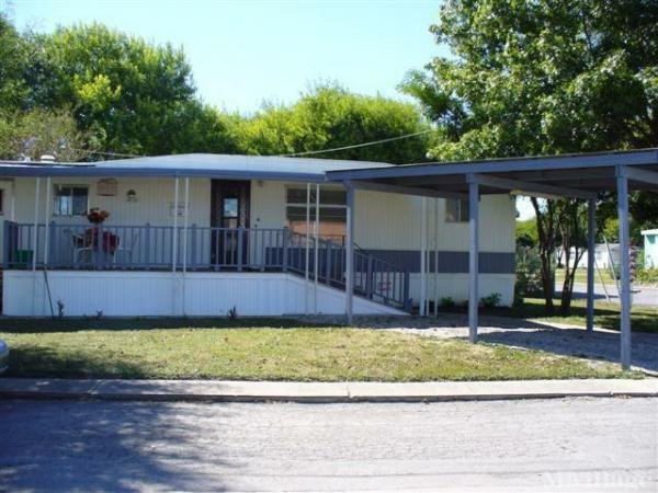 Photo of Roosevelt Ave Mobile Home Park, San Antonio, TX