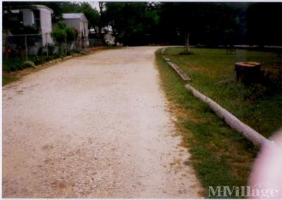 Mobile Home Park in Lavernia TX