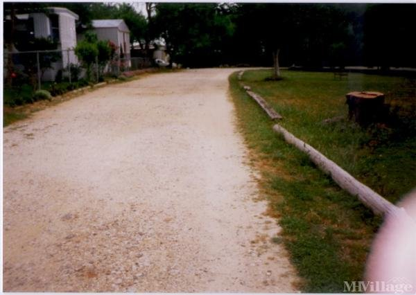 Photo of Gonzales Mobile Home Park, Lavernia, TX