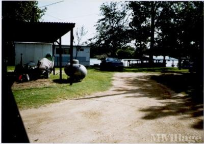 Mobile Home Park in Kingsland TX