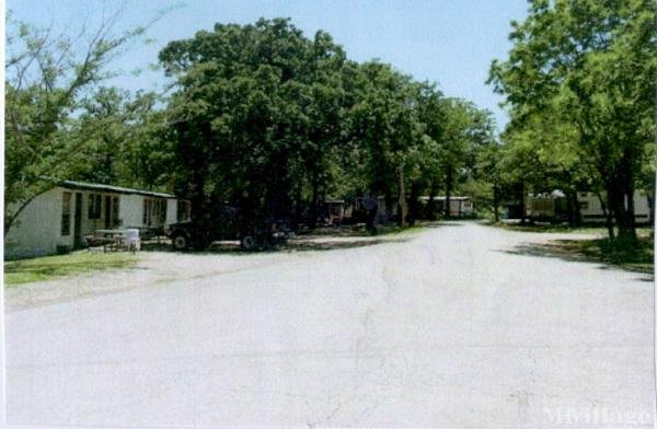 Rock Creek Camp Mobile Home Park in Whitesboro, TX