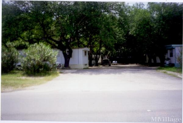 Photo 0 of 1 of park located at 4797 Us Highway 81 New Braunfels, TX 78130