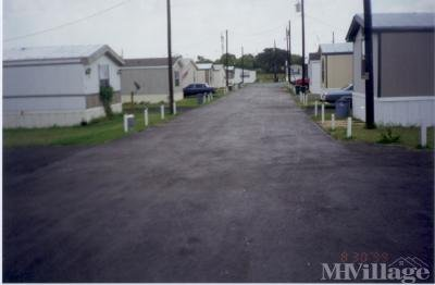 Mobile Home Park in Floresville TX