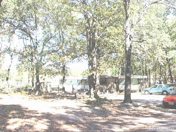 Photo of Oak Leaf Mobile Home Park, Emory TX