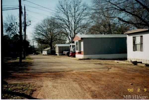 Photo of Alkins Mobile Home Park, Nacogdoches, TX