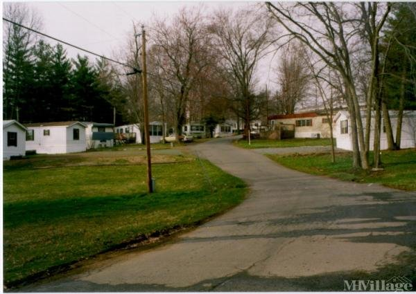 Photo of Hillwood Mobile Home Park, Gainesville, VA