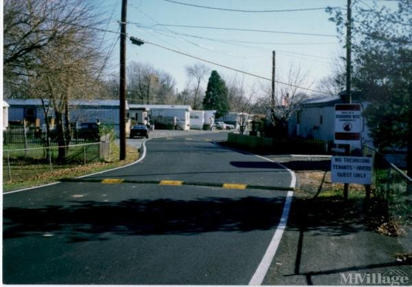 Photo of Manassas Mobile Home Park, Manassas, VA