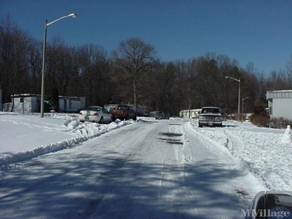 Photo of Jenkins Mobile Home Park, Goochland, VA