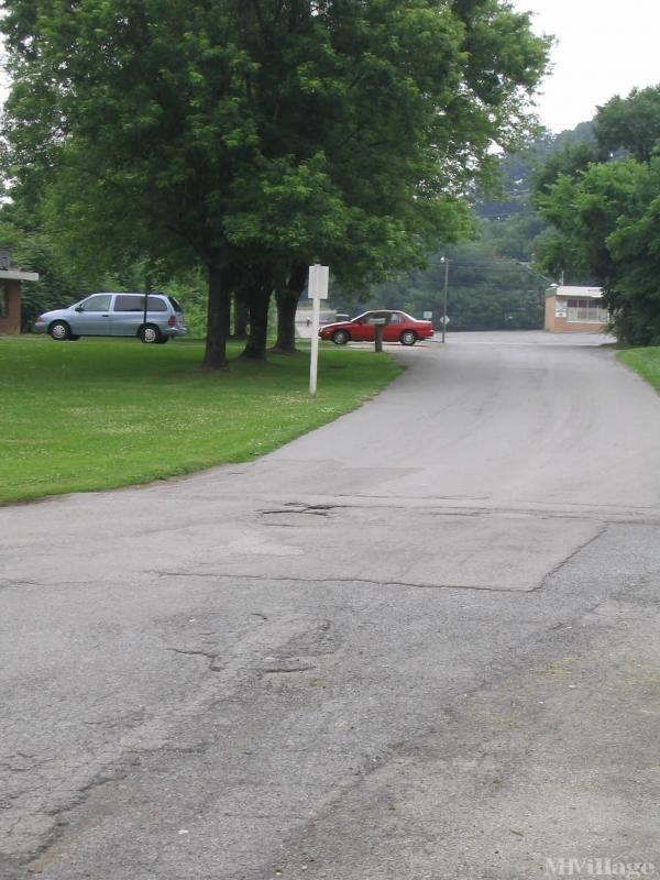 Photo of Ramey's Mobile Home Park, Salem, VA