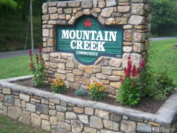 Mountain Creek Community Mobile Home Park in Elliston, VA