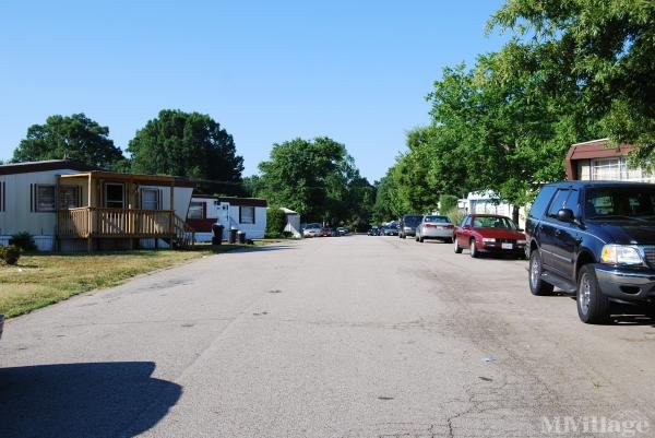 Photo of Westover Manor Manufactured Housing Community, Danville, VA
