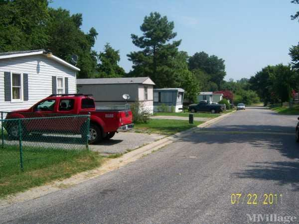 Photo of Windy Hills Mobile Home Park, Williamsburg, VA