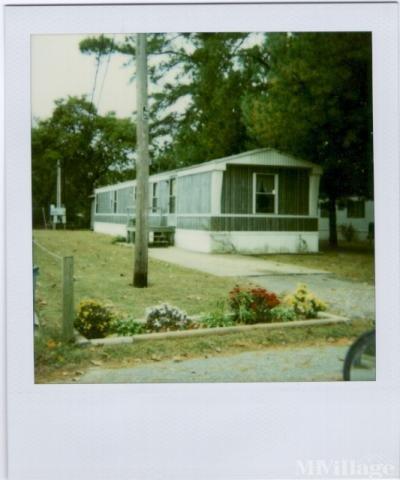 Mobile Home Park in Hayes VA