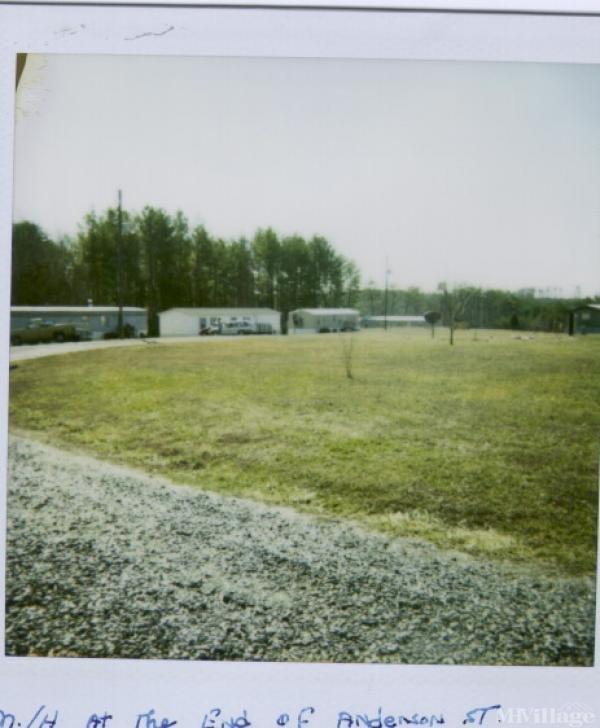 Photo of Morgan Ford Mobile Home Park, Ridgeway, VA