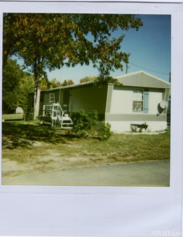 Photo of Mars Mobile Home Park, Fredericksburg, VA