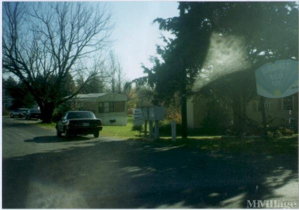 Photo of Sunburst Mobile Home Park, Evington, VA