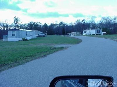 Mobile Home Park in Saluda VA