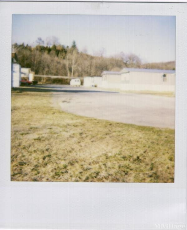 Photo of Lawrence Mobile Home Park, Elliston, VA