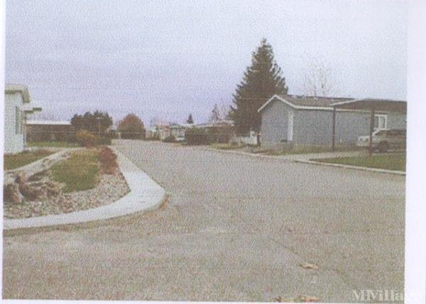 Photo 0 of 2 of park located at 3324 West 19th Avenue Kennewick, WA 99337