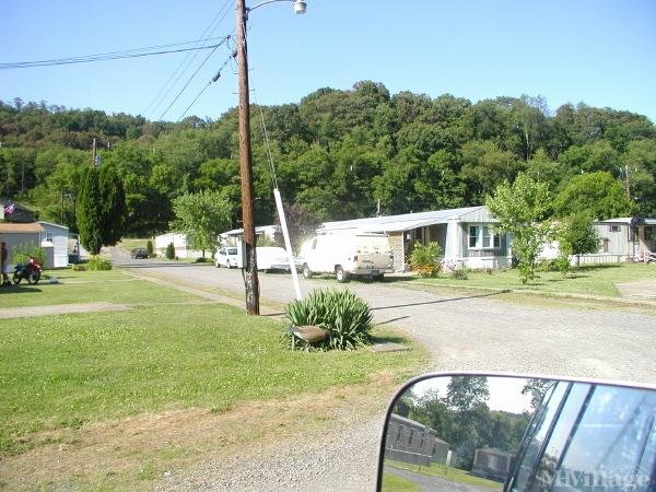 Photo of Pleasant Valley Mobile Home Court, Weirton WV