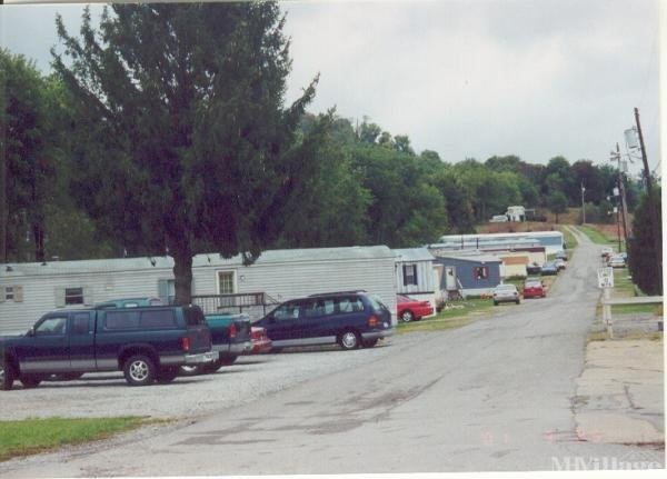 Rennys Mobile Village Mobile Home Park in Buckhannon, WV