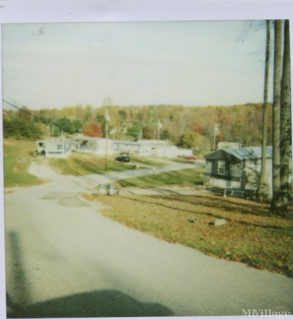Birnham Wood Mobile Home Park in Parkersburg, WV