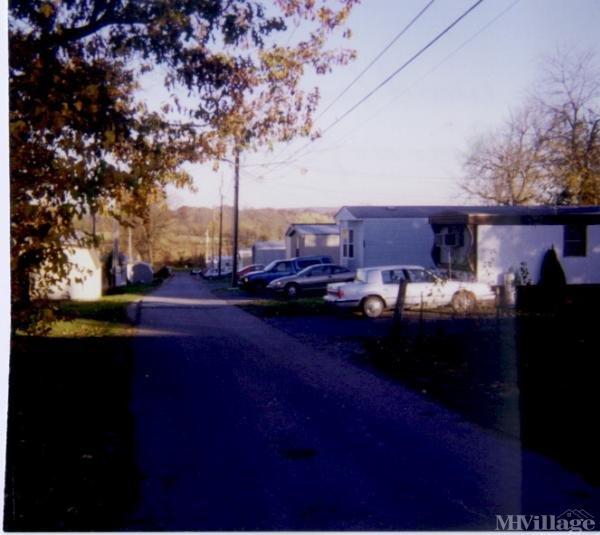 Photo of Woodland Mobile Home Park, Kearneysville WV