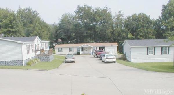 Sally Field Estates Mobile Home Park in Fairmont, WV