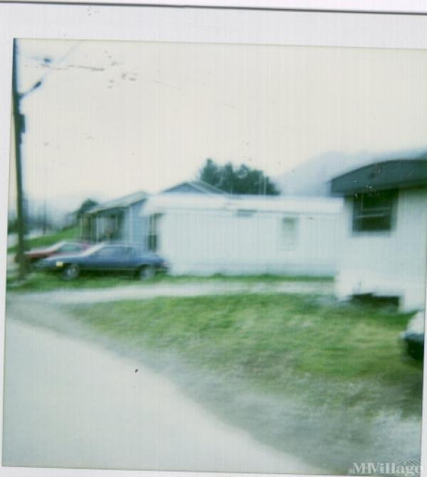 Shawn James Mh Park Mobile Home Park in Mount Carbon, WV