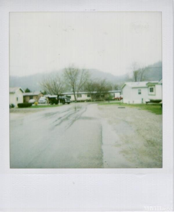 AAA Mobile Home Park Mobile Home Park in New Martinsville, WV