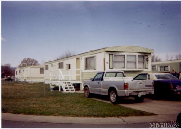 Woodland Park Village Mobile Home Park in Sheridan, WY