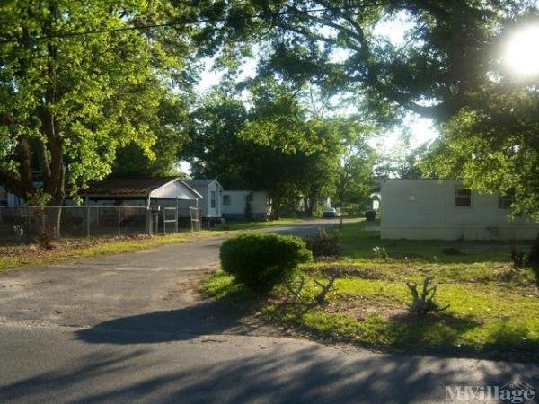 Photo of Walker Mobile Home Park, Warner Robins, GA