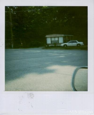 Field's Mobile Home Park