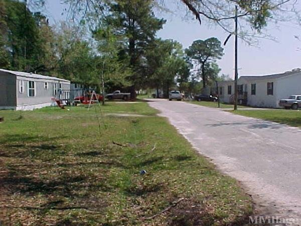 Photo of Bachelors Mobile Home Park, Pooler, GA