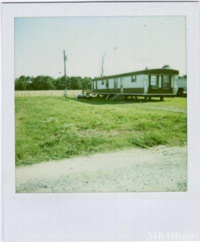 Mobile Home Park in Egan LA