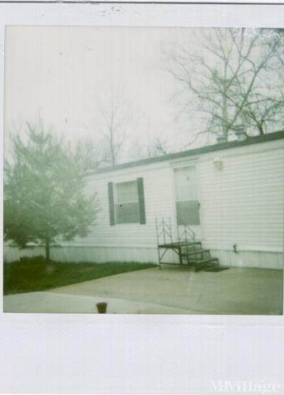Mobile Home Park in Riverside MO