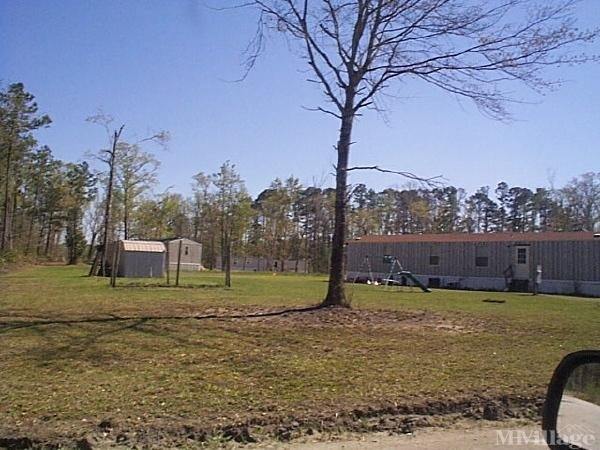 Photo of Rainbow Acres Mobile Home Park, Jacksonville, NC