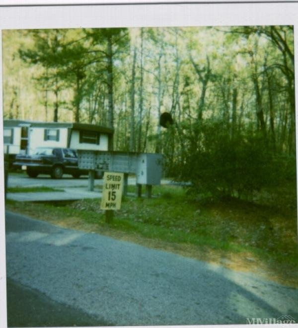 Photo of Spring Road Mobile Home Park, Washington, NC