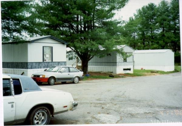 Photo of Mobile Manor, Elkin, NC
