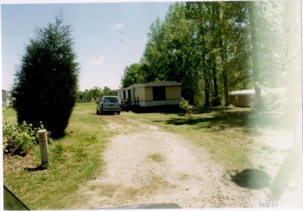Photo of Benny's Mobile Home Park, Fuquay Varina, NC
