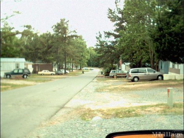Photo of Meadow Brook Mobile Home Park, Roanoke Rapids, NC