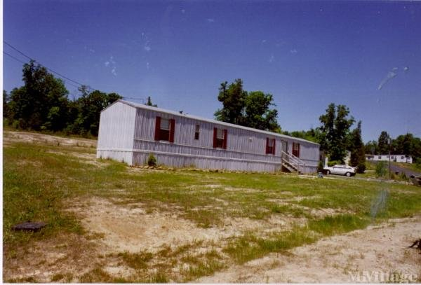 Photo of Cedar Creek Mobile Home Park, Creedmoor, NC