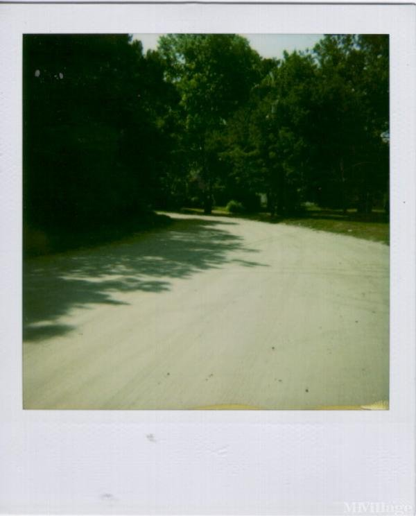 Photo of Burbage Mobile Home Park, Ravenel, SC