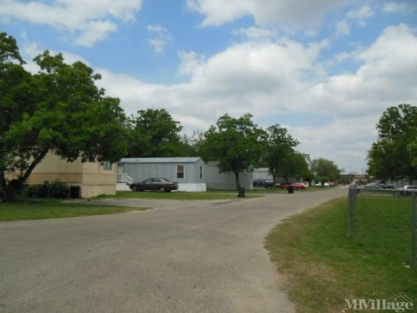 Photo of Harris Park, Lytle, TX