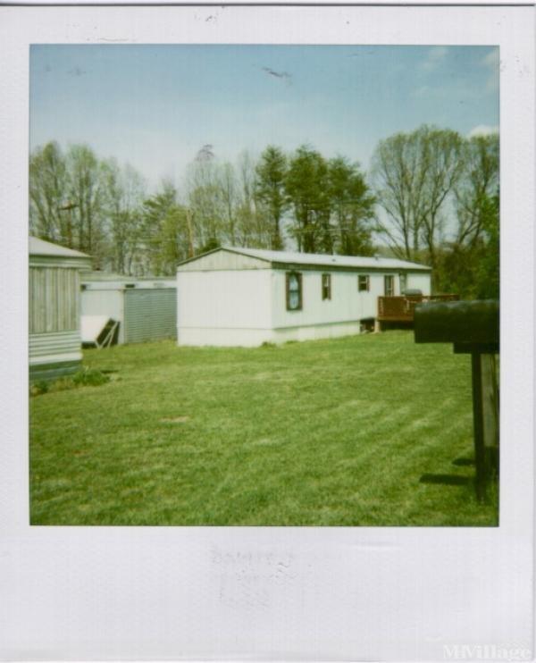 Photo of Breselli Mobile Home Park, Buena Vista, VA