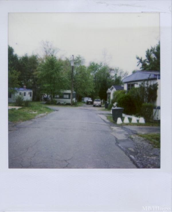 Photo 1 of 1 of park located at 13721 Jefferson Davis Hwy Woodbridge, VA 22191