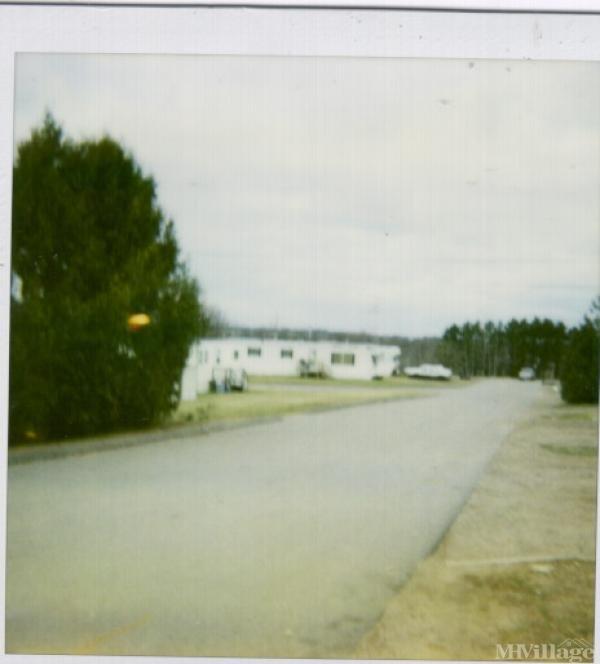 Wagon Wheel Mobile Home Park in Chippewa Falls, WI